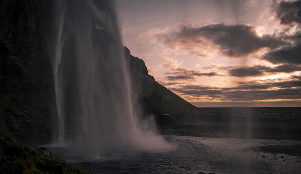 Wasserfall fotografieren Sonnenuntergang