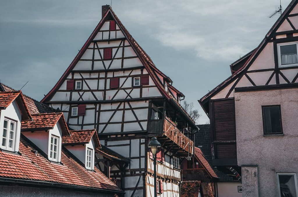 Blautopf in Blaubeuren Altstadt